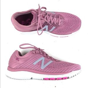 New Balance Womens 860 v10 Running Shoes Sz 9 Pink